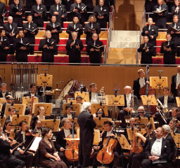 Pacific Symphony and Pacific Chorale